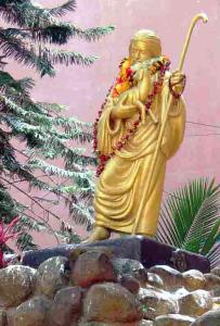 Скульптура Иисуса Христа в ашраме Сатья Саи Бабы Прашанти Нилайям
