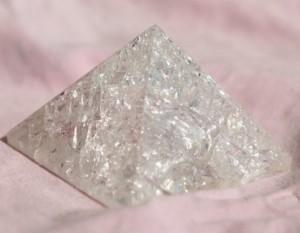 Кварц пирамида